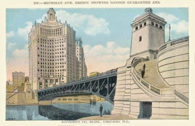 postcard Michigan Avenue Chicago 1933